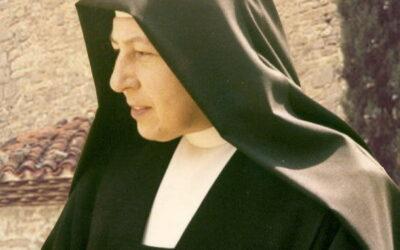 1 febrero- XX ANIVERSARIO DEL PASO A LA CASA DEL PADRE DE M. Mª DEL CARMEN, Fundadora de la Congregación de HH. Oblatas de Cristo Sacerdote